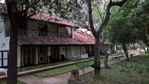 Hotel Review: Cinnamon Lodge in Habarana, Sri Lanka