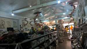 Poo Paper-making center in Sri Lanka