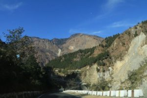 Uttarakhand Winter Roadtrip -- Driving to Auli & Staying at the Garhawal Mandal Vikas Nigam